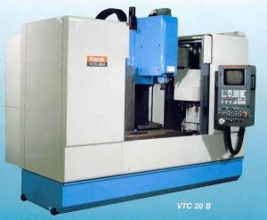 CNC Vertikal Bearbeitungszentrum Mazak: VTC 20 B (1999)
