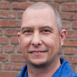 Dirk Zürner: Schlosser